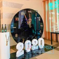 Новогодняя фотозона с часами и цифрами